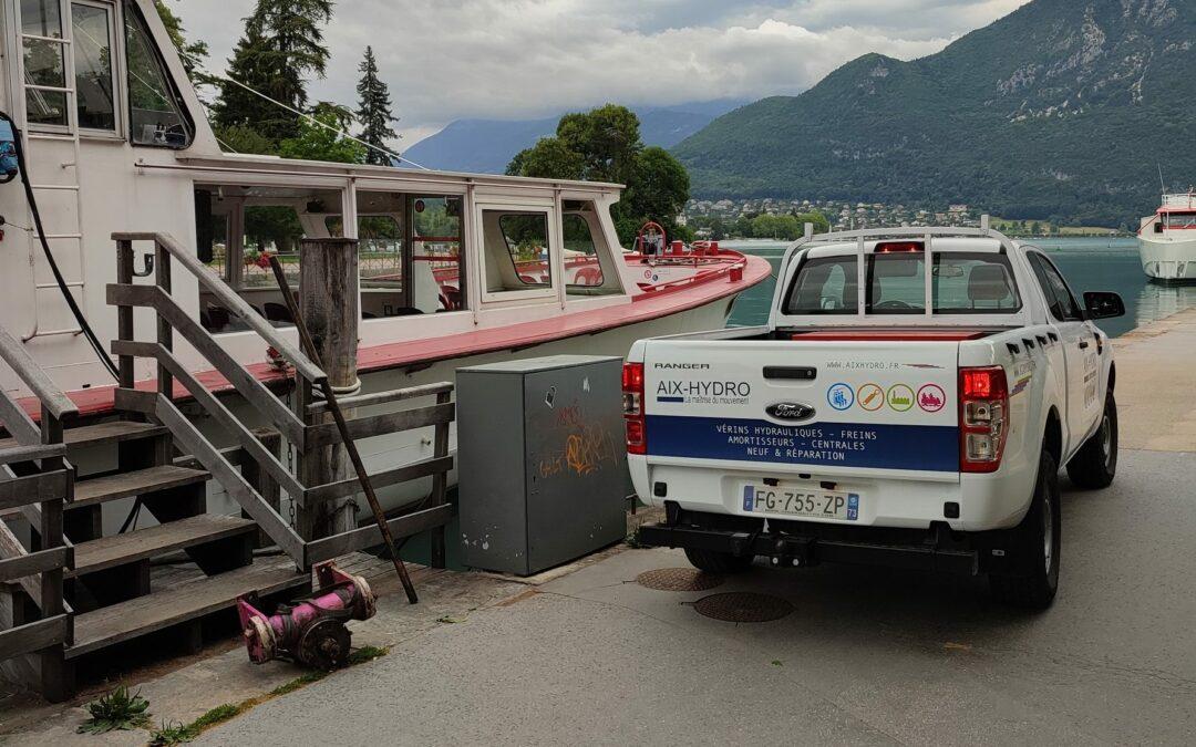 Bateaux d'Annecy : Réparation du système hydraulique de la barre